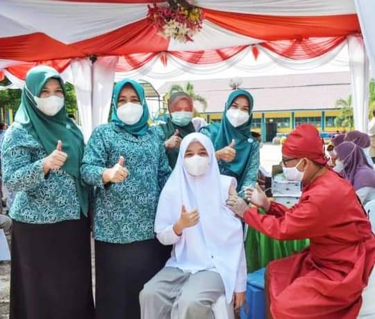 Wakil Walikota Sidimpuan Tinjau Vaksinasi Pelajar