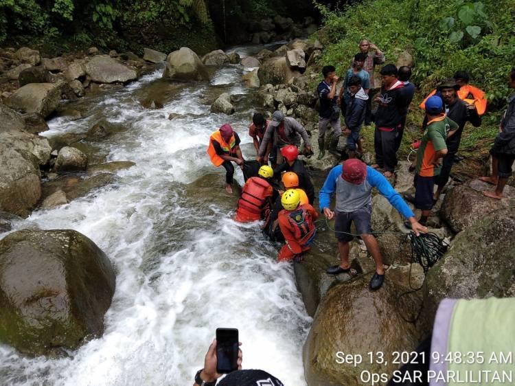 Satu Orang Wanita Meninggal Terbawa Arus di Sungai Cembur-Cembur di Desa Pusuk II Simaninggir Parlilitan