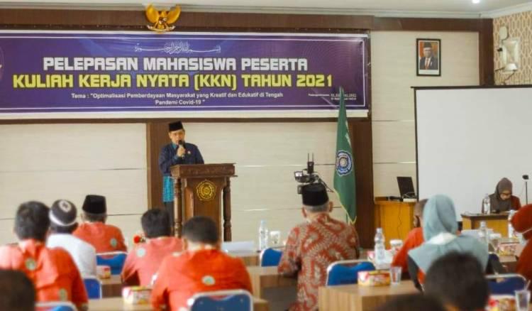 Wakil Walikota Sidimpuan Hadiri Pelepasan KKN 717 Mahasiswa UMTS